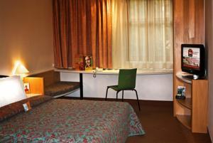 hotel ibis 2